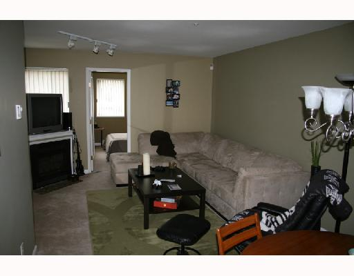 "Photo 3: 108 1189 WESTWOOD Street in Coquitlam: North Coquitlam Condo for sale in ""LAKESIDE TERRACE"" : MLS(r) # V693500"