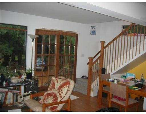 Stairs/livingroom - newer room