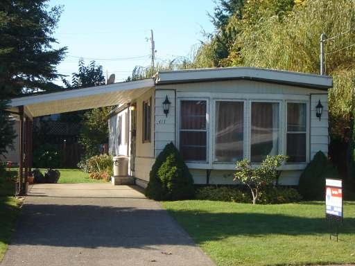 Main Photo: 415 COWICHAN AVE in COURTENAY: Residential Detached for sale : MLS® # 244096