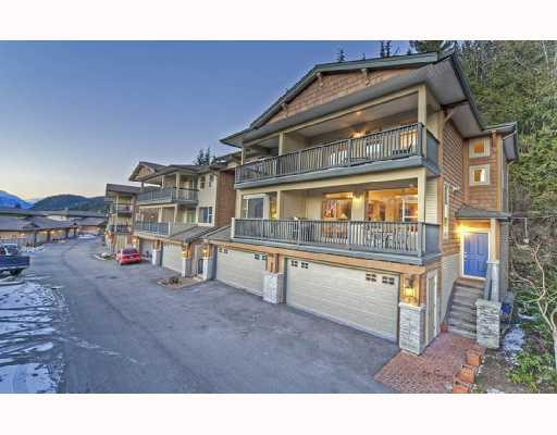 "Main Photo: 18 1026 GLACIER VIEW Drive in Squamish: Garibaldi Highlands Townhouse for sale in ""SEASONVIEW"" : MLS® # V685594"