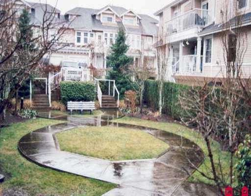 "Main Photo: 26 9036 208TH Street in Langley: Walnut Grove Townhouse for sale in ""Hunters Glen"" : MLS(r) # F2807389"
