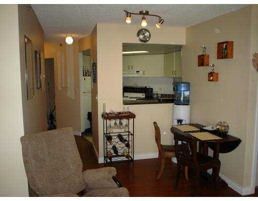 "Photo 2: 789 DRAKE Street in Vancouver: Downtown VW Condo for sale in ""CENTURY TOWER"" (Vancouver West)  : MLS(r) # V634114"