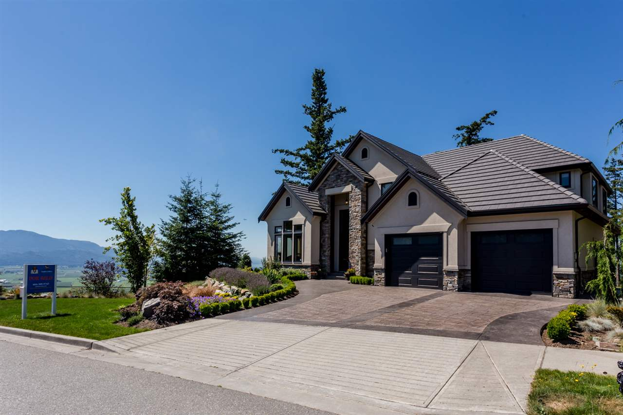 FEATURED LISTING: 2445 EAGLE MOUNTAIN Drive Abbotsford