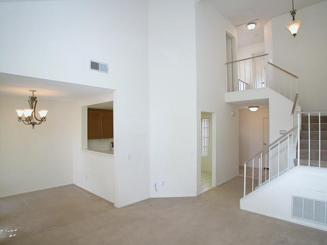 Photo 8: CARMEL VALLEY Townhome for sale : 2 bedrooms : 12175 Caminito Mira Del Mar in San Diego