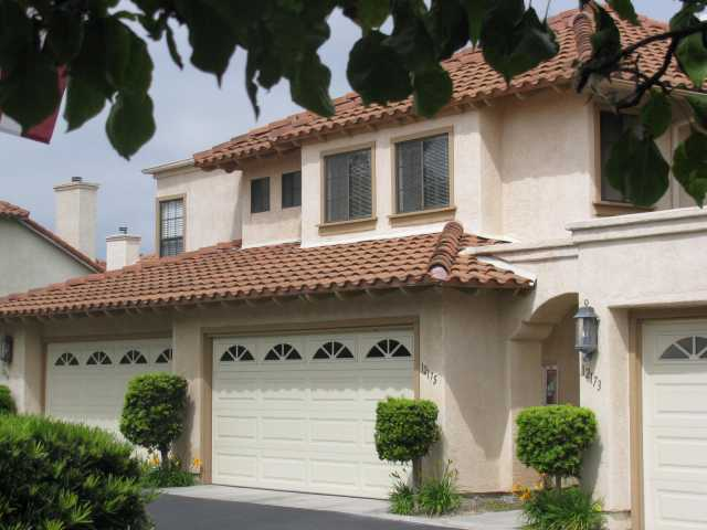 Main Photo: CARMEL VALLEY Townhome for sale : 2 bedrooms : 12175 Caminito Mira Del Mar in San Diego
