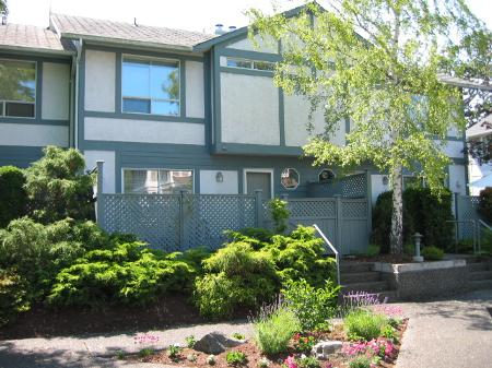 Main Photo: 12 - 3008 Quadra St.: RED for sale (Mayfair)  : MLS® # 216657