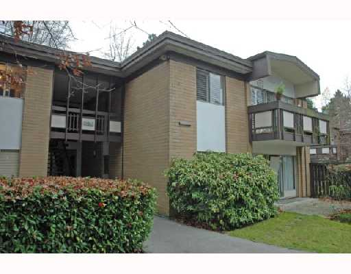 "Main Photo: 7 5575 OAK Street in Vancouver: Shaughnessy Townhouse for sale in ""SHAWN OAKS"" (Vancouver West)  : MLS(r) # V678345"