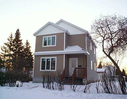 Main Photo: 1103 PARKER Avenue in Winnipeg: Fort Garry / Whyte Ridge / St Norbert Single Family Detached for sale (South Winnipeg)  : MLS®# 2620241