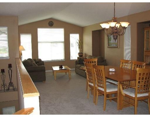 Photo 3: 23651 114A AV in Maple Ridge: House for sale : MLS® # V663201