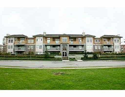 "Main Photo: 208 6676 NELSON Avenue in Burnaby: Metrotown Condo for sale in ""NELSON ON THE PARK"" (Burnaby South)  : MLS® # V796012"