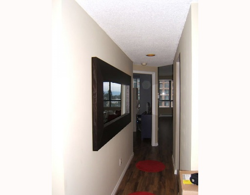 "Photo 5: 504 4603 HAZEL Street in Burnaby: Forest Glen BS Condo for sale in ""CRYSTAL PLACE"" (Burnaby South)  : MLS(r) # V813793"