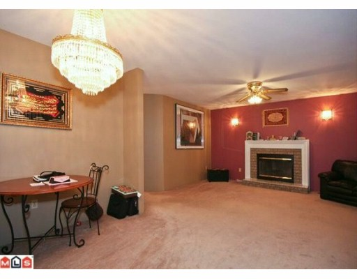 Photo 3: 7306 124TH Street in Surrey: West Newton House for sale : MLS® # F1001089