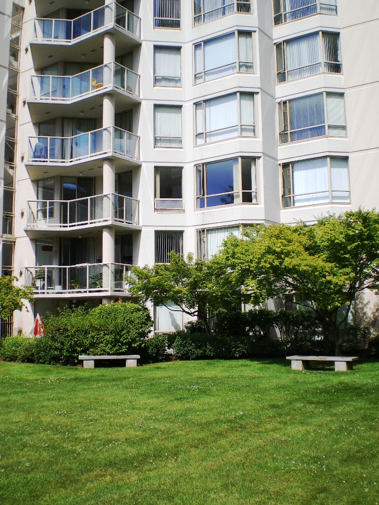 "Photo 17: # 303 - 1189 Eastwood Street in Coquitlam: North Coquitlam Condo for sale in ""THE CARTIER"" : MLS® # V844049"