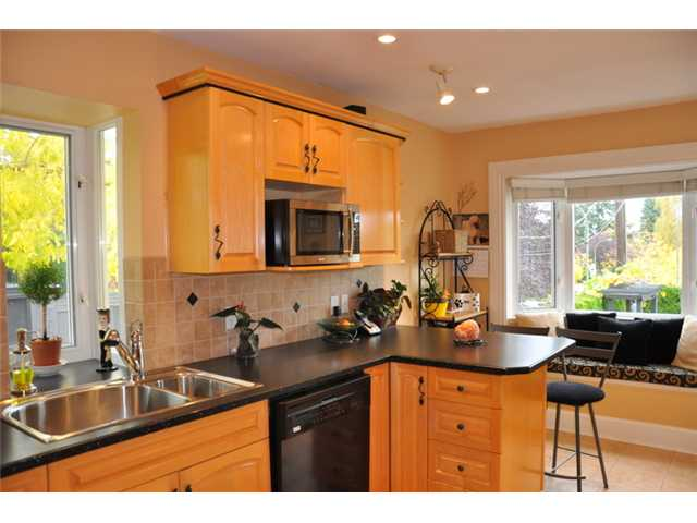 Photo 6: 5112 PRINCE EDWARD Street in Vancouver: Fraser VE House for sale (Vancouver East)  : MLS(r) # V857046