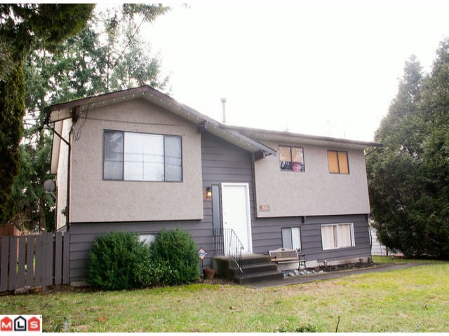 "Main Photo: 18292 64TH Avenue in Surrey: Cloverdale BC House for sale in ""HILLTOP"" (Cloverdale)  : MLS®# F1101702"