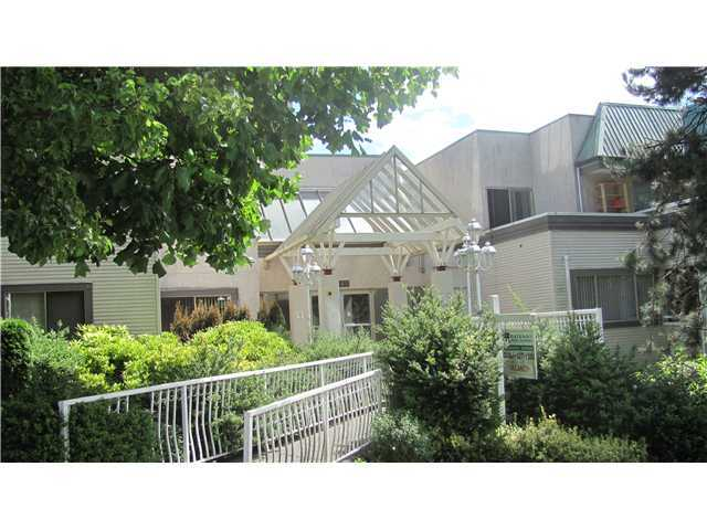 "Photo 1: 403 1310 CARIBOO Street in New Westminster: Uptown NW Condo for sale in ""RIVER VALLEY"" : MLS(r) # V865558"