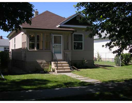 Main Photo: 603 WINONA Street in WINNIPEG: Transcona Residential for sale (North East Winnipeg)  : MLS® # 2815690