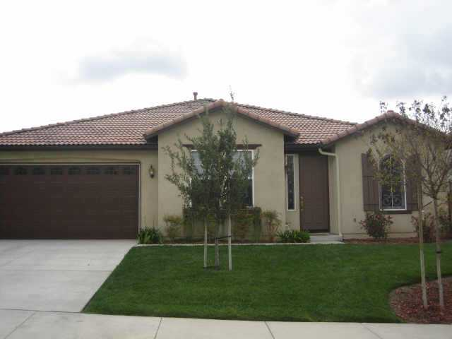 Main Photo: OUT OF AREA Residential for sale : 4 bedrooms : 36060 BLACKSTONE in WILDOMAR