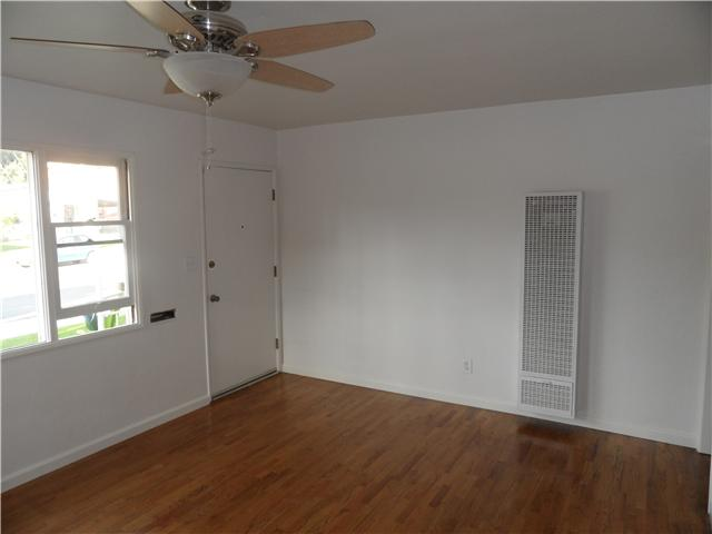 Photo 4: NATIONAL CITY House for sale : 4 bedrooms : 2032 7th