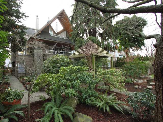 FEATURED LISTING: 3024 3RD Avenue West Vancouver