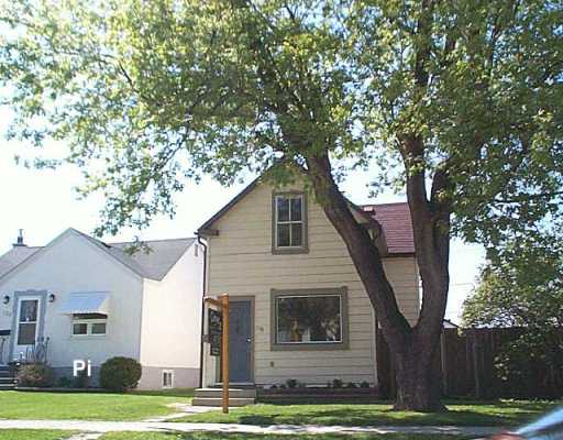 Main Photo: 127 TRAVERSE Avenue in WINNIPEG: St Boniface Single Family Detached for sale (South East Winnipeg)  : MLS(r) # 2606732