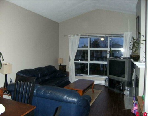 "Photo 4: 202 19897 56TH Avenue in Langley: Langley City Condo for sale in ""MASON COURT"" : MLS® # F2926235"