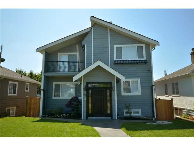"Main Photo: 64 W 44TH Avenue in Vancouver: Oakridge VW House for sale in ""Oakridge"" (Vancouver West)  : MLS®# V784516"