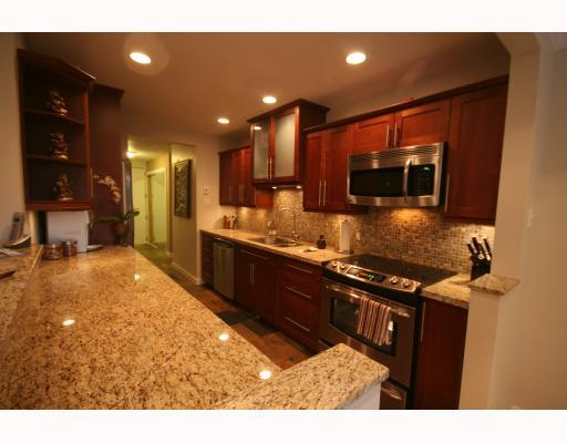 Photo 4: 103 1777 W 13TH Avenue in Vancouver: Fairview VW Condo for sale (Vancouver West)  : MLS(r) # V786085