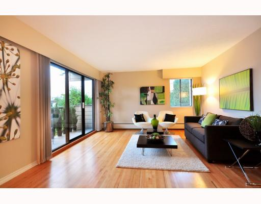 Main Photo: 202 2125 W 2ND Avenue in Vancouver: Kitsilano Condo for sale (Vancouver West)  : MLS® # V798434