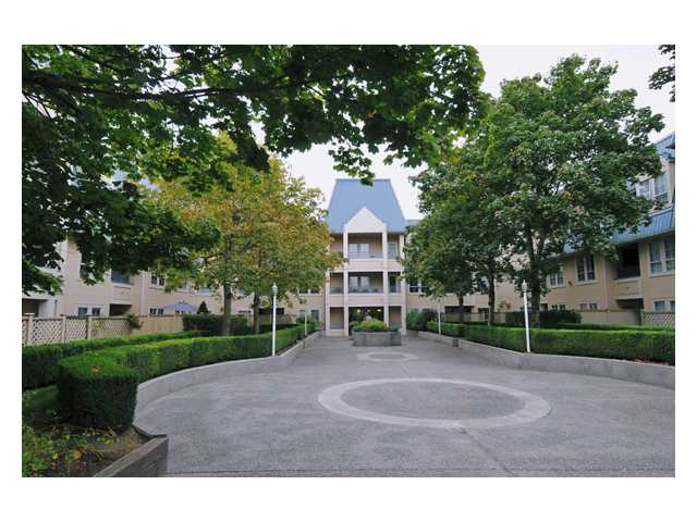 Main Photo: 320 295 SCHOOLHOUSE Street in Coquitlam: Maillardville Condo for sale : MLS® # V852908