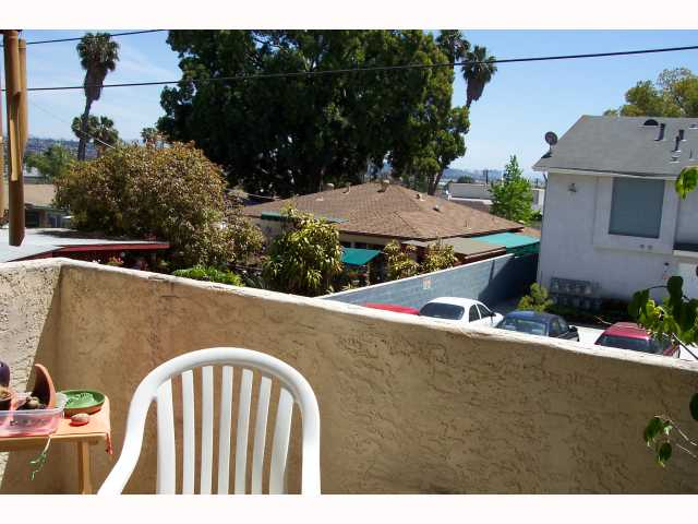 Photo 11: PACIFIC BEACH Condo for sale : 3 bedrooms : 1955 Diamond