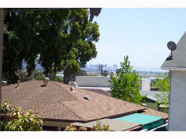 Photo 6: PACIFIC BEACH Condo for sale : 3 bedrooms : 1955 Diamond
