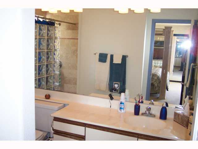 Photo 12: PACIFIC BEACH Condo for sale : 3 bedrooms : 1955 Diamond