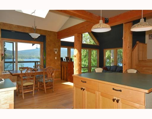 "Photo 6: Photos: 5954 TILLICUM BAY Road in Sechelt: Sechelt District House for sale in ""TILLICUM BAY"" (Sunshine Coast)  : MLS® # V767162"
