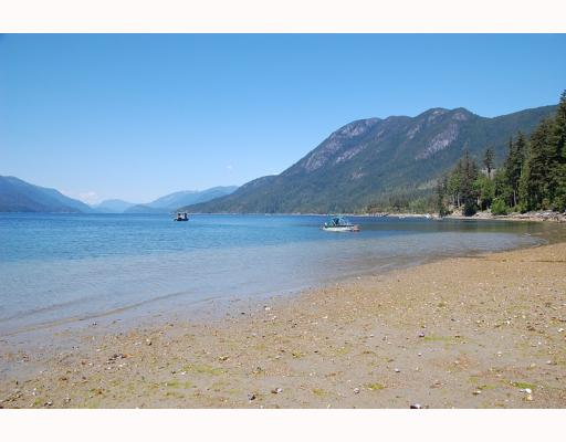 "Photo 4: Photos: 5954 TILLICUM BAY Road in Sechelt: Sechelt District House for sale in ""TILLICUM BAY"" (Sunshine Coast)  : MLS® # V767162"