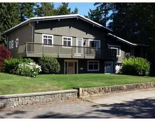"Main Photo: 978 WALALEE Drive in Tsawwassen: English Bluff House for sale in ""TSAWWASSEN VILLAGE"" : MLS® # V770712"