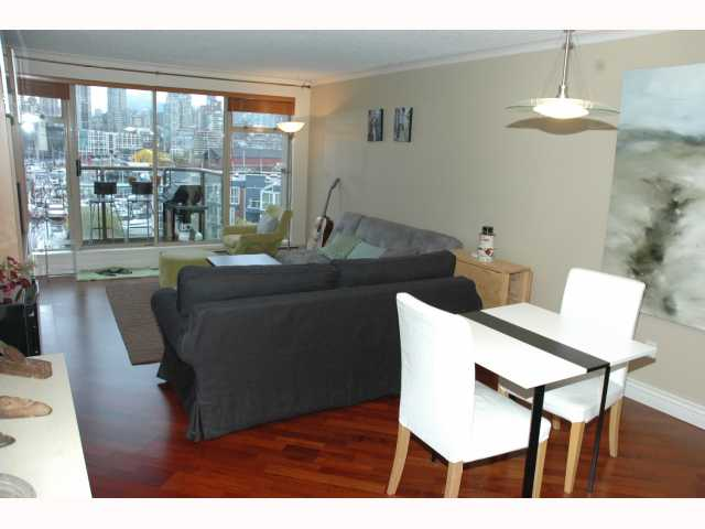 "Photo 3: 543 1515 W 2ND Avenue in Vancouver: False Creek Condo for sale in ""ISLAND COVE"" (Vancouver West)  : MLS(r) # V817567"