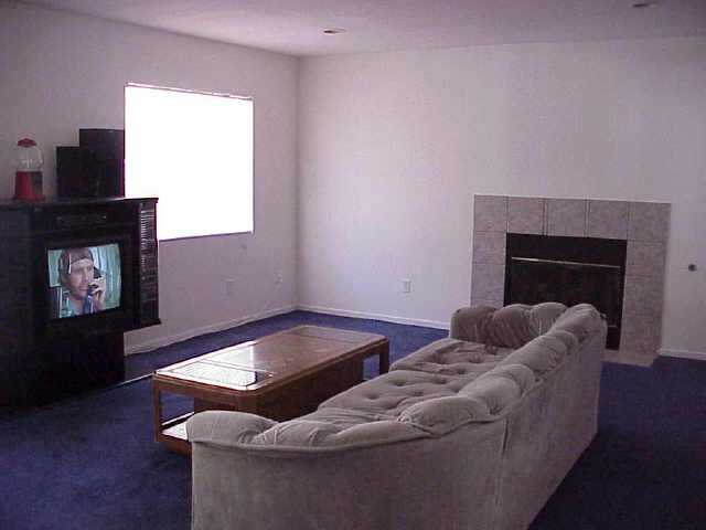 Photo 5: SAN DIEGO Residential for sale : 4 bedrooms : 3851 MARRON STREET