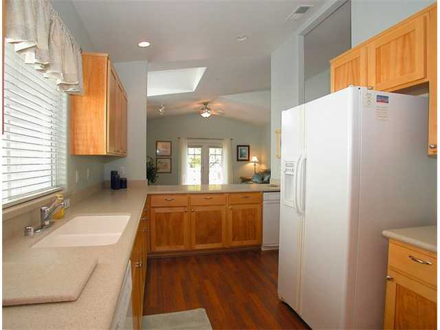 Photo 6: CORONADO VILLAGE Home for sale or rent : 3 bedrooms : 242 C in CORONADO