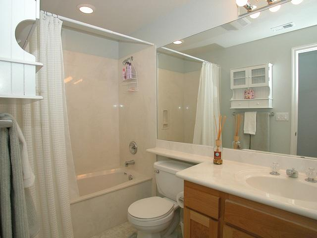 Photo 7: CORONADO VILLAGE Home for sale or rent : 3 bedrooms : 242 C in CORONADO