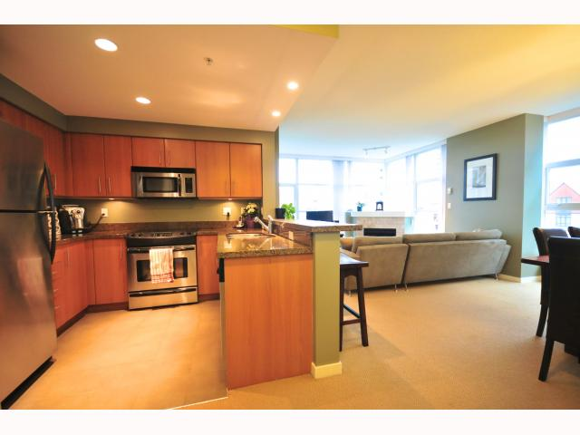 "Main Photo: 401 189 NATIONAL Avenue in Vancouver: Mount Pleasant VE Condo for sale in ""SUSSEX"" (Vancouver East)  : MLS(r) # V819761"