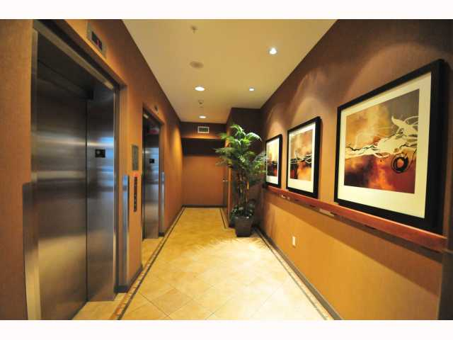 "Photo 10: 401 189 NATIONAL Avenue in Vancouver: Mount Pleasant VE Condo for sale in ""SUSSEX"" (Vancouver East)  : MLS(r) # V819761"