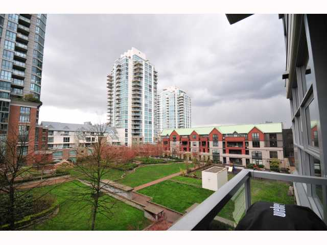 "Photo 9: 401 189 NATIONAL Avenue in Vancouver: Mount Pleasant VE Condo for sale in ""SUSSEX"" (Vancouver East)  : MLS(r) # V819761"