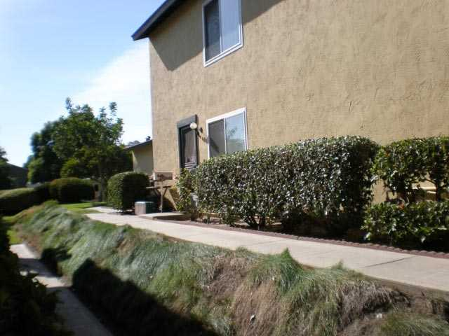 Main Photo: RANCHO PENASQUITOS Townhome for sale : 2 bedrooms : 11038 Via Asti in San Diego