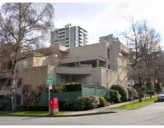 "Main Photo: # 212 1345 COMOX ST in Vancouver: West End VW Condo for sale in ""TIFFANY COURT"" (Vancouver West)  : MLS®# V767411"