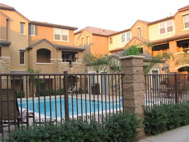 Photo 4: SANTEE Condo for sale : 3 bedrooms : 1415 Rosemonde Lane