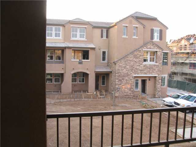 Photo 3: SANTEE Condo for sale : 3 bedrooms : 1415 Rosemonde Lane