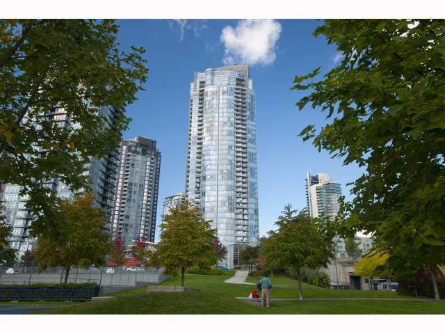 Main Photo: 3908 1408 STRATHMORE MEWS BB in Vancouver: False Creek North Condo for sale (Vancouver West)  : MLS® # V790829