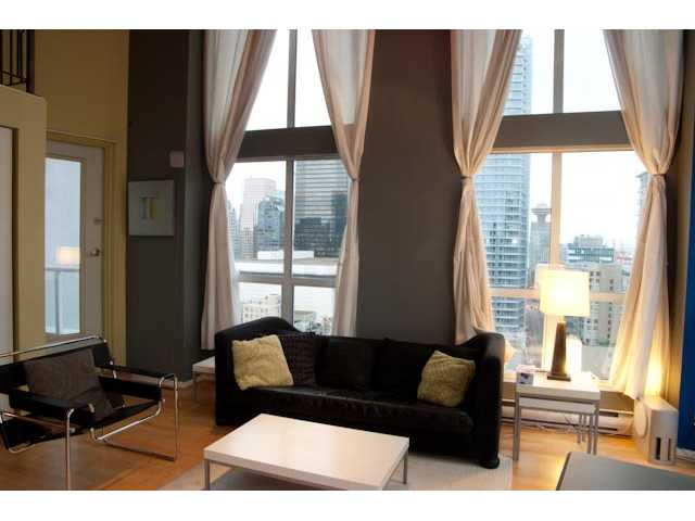"Main Photo: 1212 933 SEYMOUR Street in Vancouver: Downtown VW Condo for sale in ""THE SPOT"" (Vancouver West)  : MLS®# V850633"