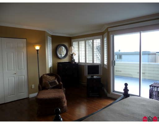 Photo 7: 14722 GOGGS Avenue in White_Rock: White Rock House for sale (South Surrey White Rock)  : MLS(r) # F2902071